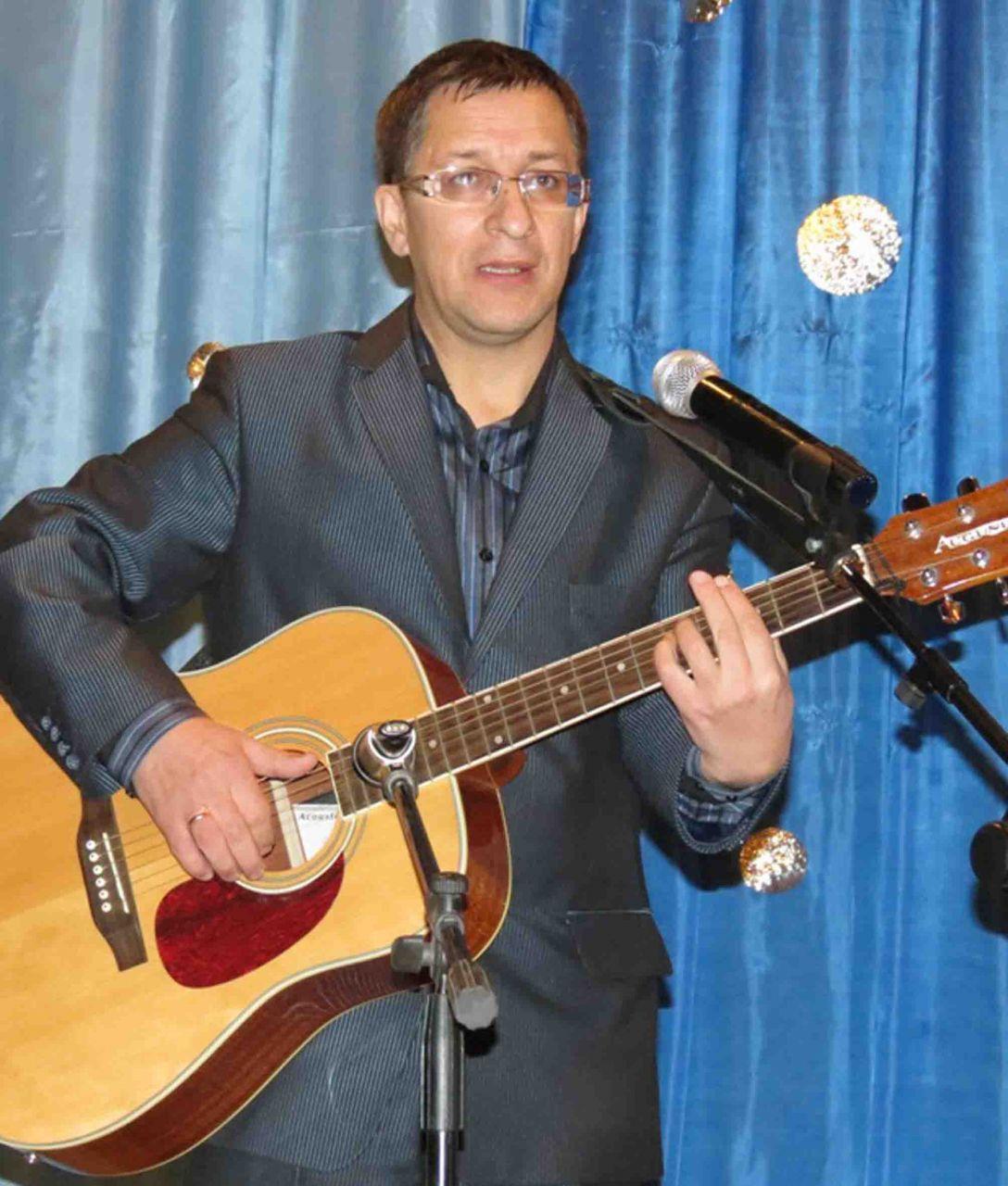 Автор гимна района Владимир Аверьянов
