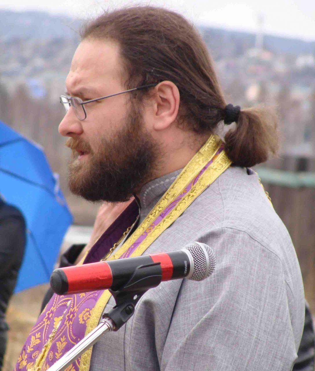 Отец Иоанн, настотель Свято-Феофановского прихода. п. Магистральный